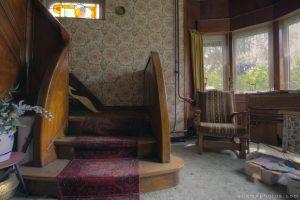 Maison l'oiseau bleu - front room