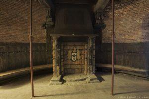 Bowling Alley Urbex Belgium fireplace