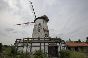 Bowling Alley Urbex Belgium windmill