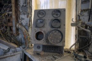 Adam X Urbex Urban Exploration Orient Express internal controls dials