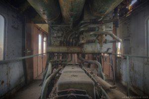 Adam X Urbex Urban Exploration Orient Express internal engine