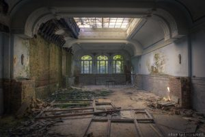 Adam X Urbex Urban Exploration Grand Hotel Regnier ballroom skylight windows decay Belgium
