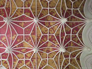 Adam X Urbex Urban Exploration Chateau Noisy Miranda ceiling painted arches belgium