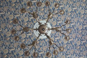 Adam X Chateau de la Chapelle urbex urban exploration belgium abandoned chandelier lights wallpaper