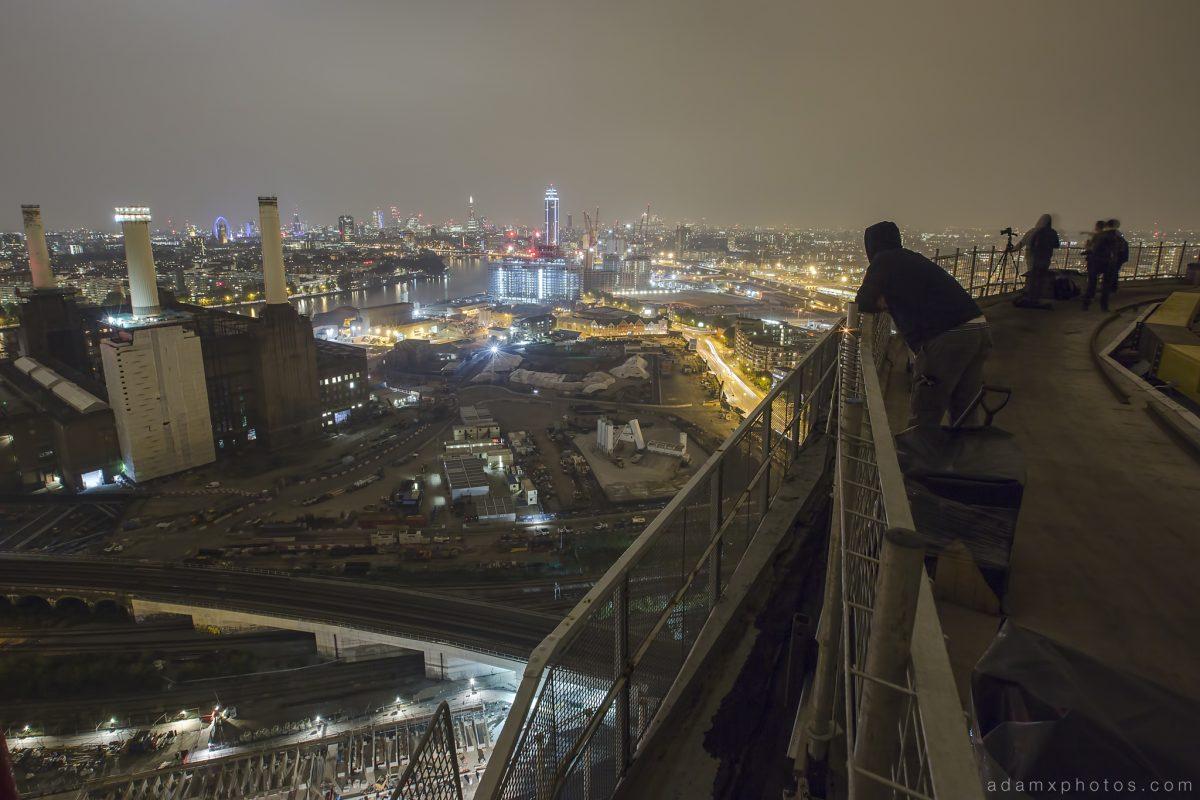 Adam X Urbex UE Urban Exploration London Rooftops High Night Photo Photography Skyline Battersea Gas Holders Gasometer roof explorers battersea power station BPS
