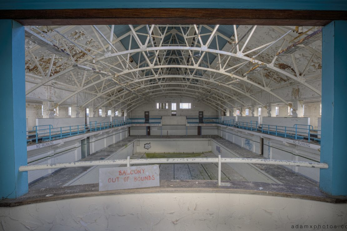 RMS Ganges Shotley Bridge Suffolk Swimming Pool piscine balcony out of bounds trespass trespassing Adam X Urbex Urban Exploration light green photo photos report decay detail UE abandoned derelict unused empty disused decay decayed decaying grimy grime
