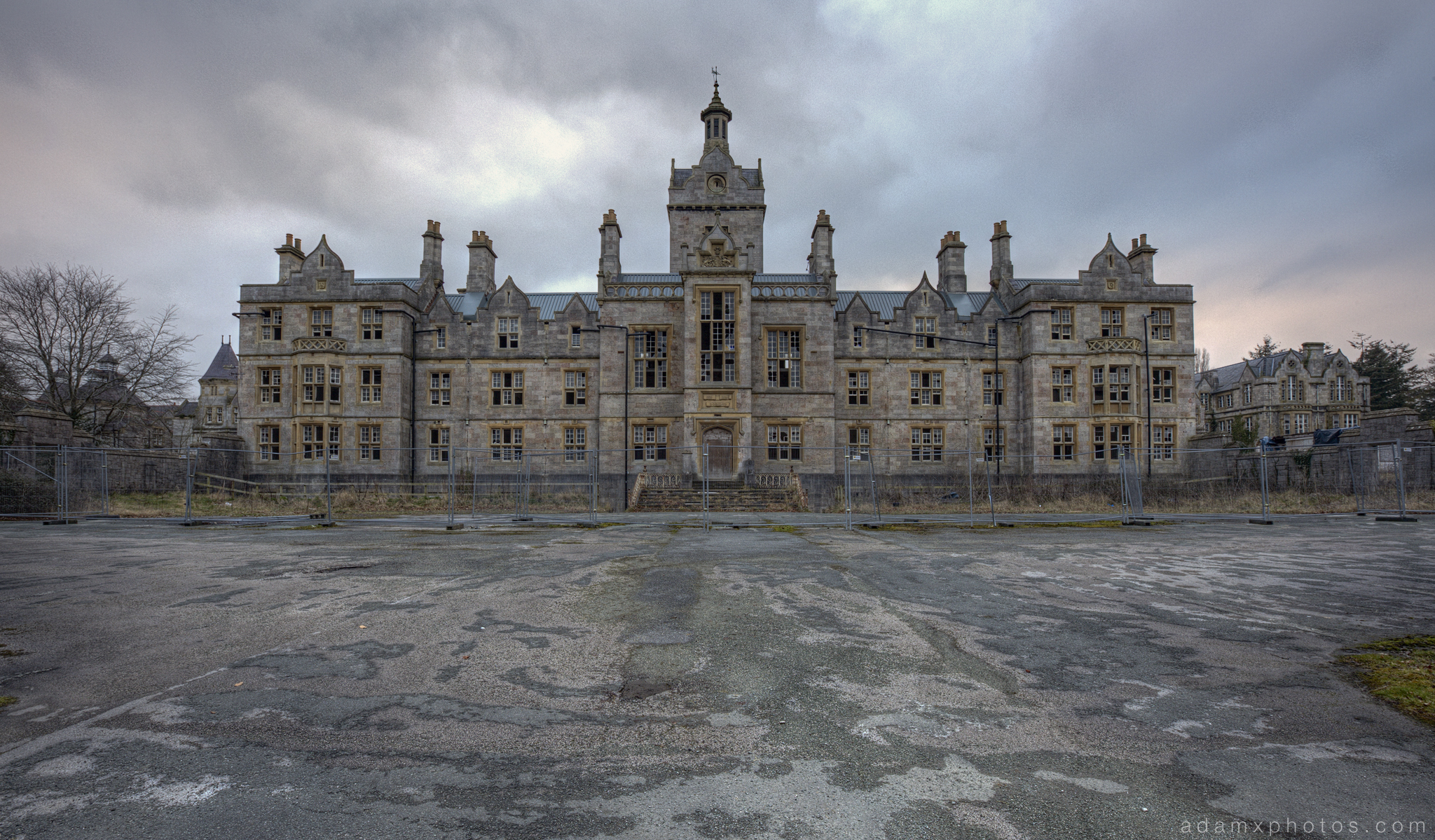 Front facade moody haunting atmospheric Denbigh Asylum Wales Urbex Urban exploration Adam X Urban Exploration Photo photos photographs UK March 2015 report abandoned disused derelict decay decayed