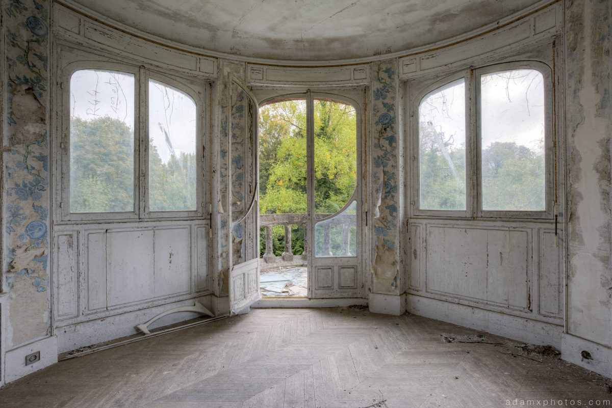 Wallpaper room windows Chateau Colimacon Spiral France Urbex Adam X Urban Exploration 2015 Abandoned decay lost forgotten derelict