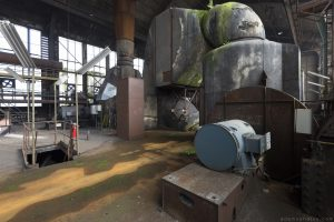 Boiler House overgrown rust The Blue Power Plant Station Belgium Belgie Industrial Industry infiltration Urbex Adam X Urban Exploration 2015 Abandoned decay lost forgotten derelict