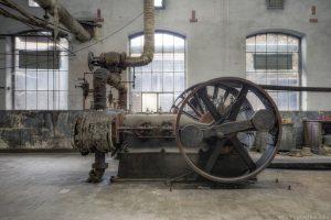 Machinery pump belt traction Usine S Belgium Textile Wool Factory Urbex Adam X Urban Exploration Access 2016 Abandoned decay lost forgotten derelict