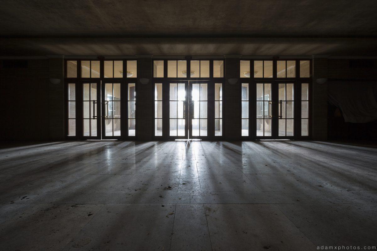 Entrance doors shadows light foyer lobby Salem Sanatorium Urbex Germany Adam X Urban Exploration Access 2016 Abandoned decay lost forgotten derelict location Deutschland