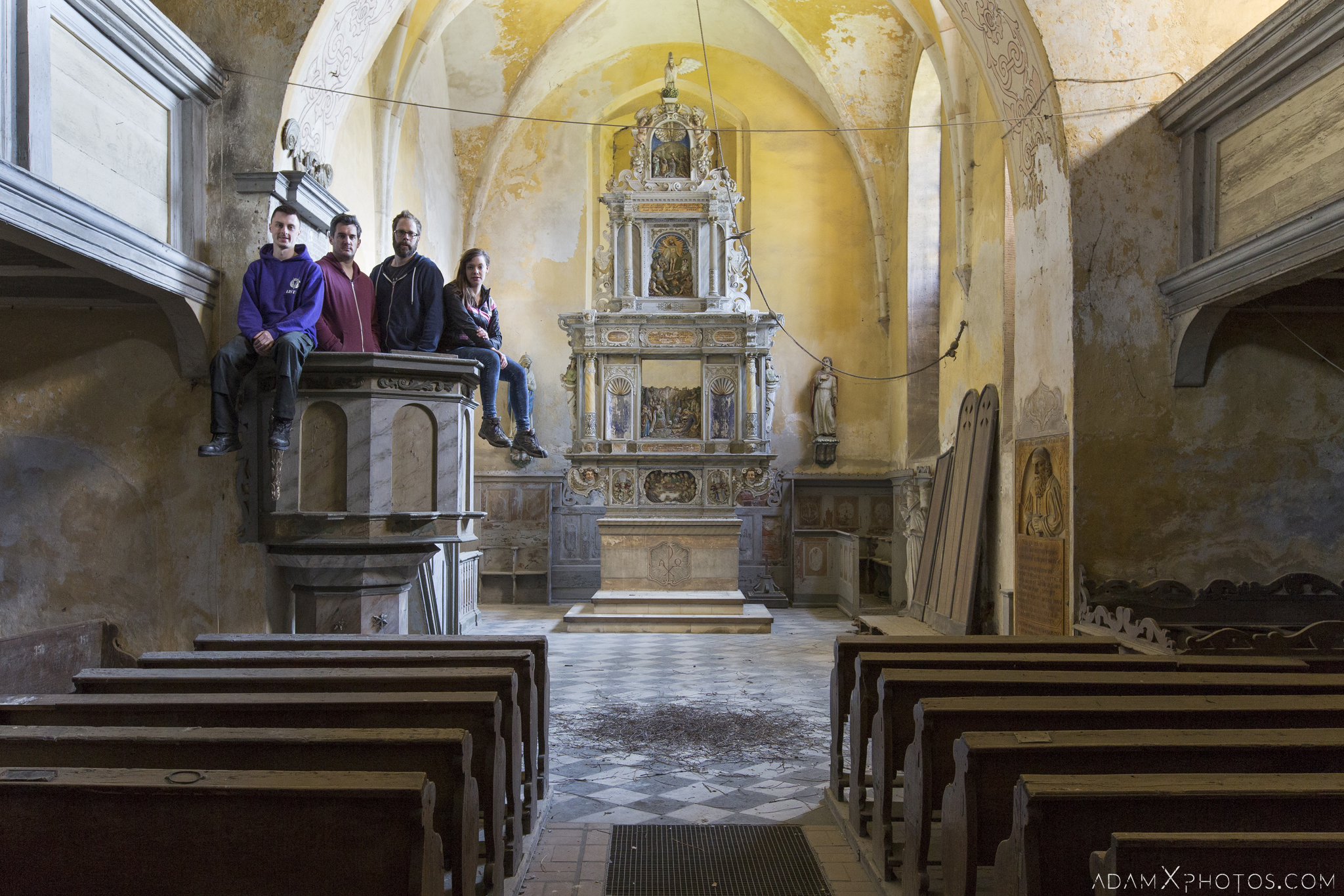 Team shot group shot pulpit altar Chapel B Church Urbex Poland Adam X Urban Exploration Permission Visit Access 2016 Abandoned decay lost forgotten derelict location haunting eerie