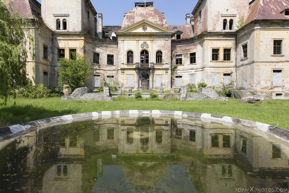 Pond and front Pałac w Mańczycach external outside exterior Urbex Poland Adam X Urban Exploration Access 2016 Abandoned decay lost forgotten derelict location haunting eerie