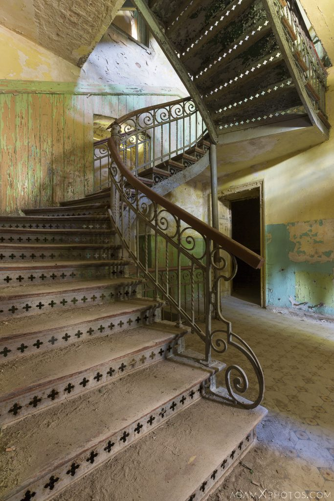 Stairs Staircase Hunter's castle Moja Wola Pałac Myśliwski w Mojej Woli Urbex Poland Adam X Urban Exploration Access 2016 Abandoned decay lost forgotten derelict location haunting eerie