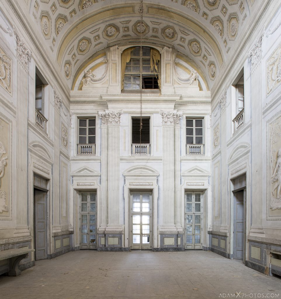 Main Hall Palazzo L Villa Rosa Urbex Adam X Urban Exploration Italy Italia Access 2016 Abandoned Grand Ornate Neoclassical decay lost forgotten infiltration derelict location creepy haunting eerie