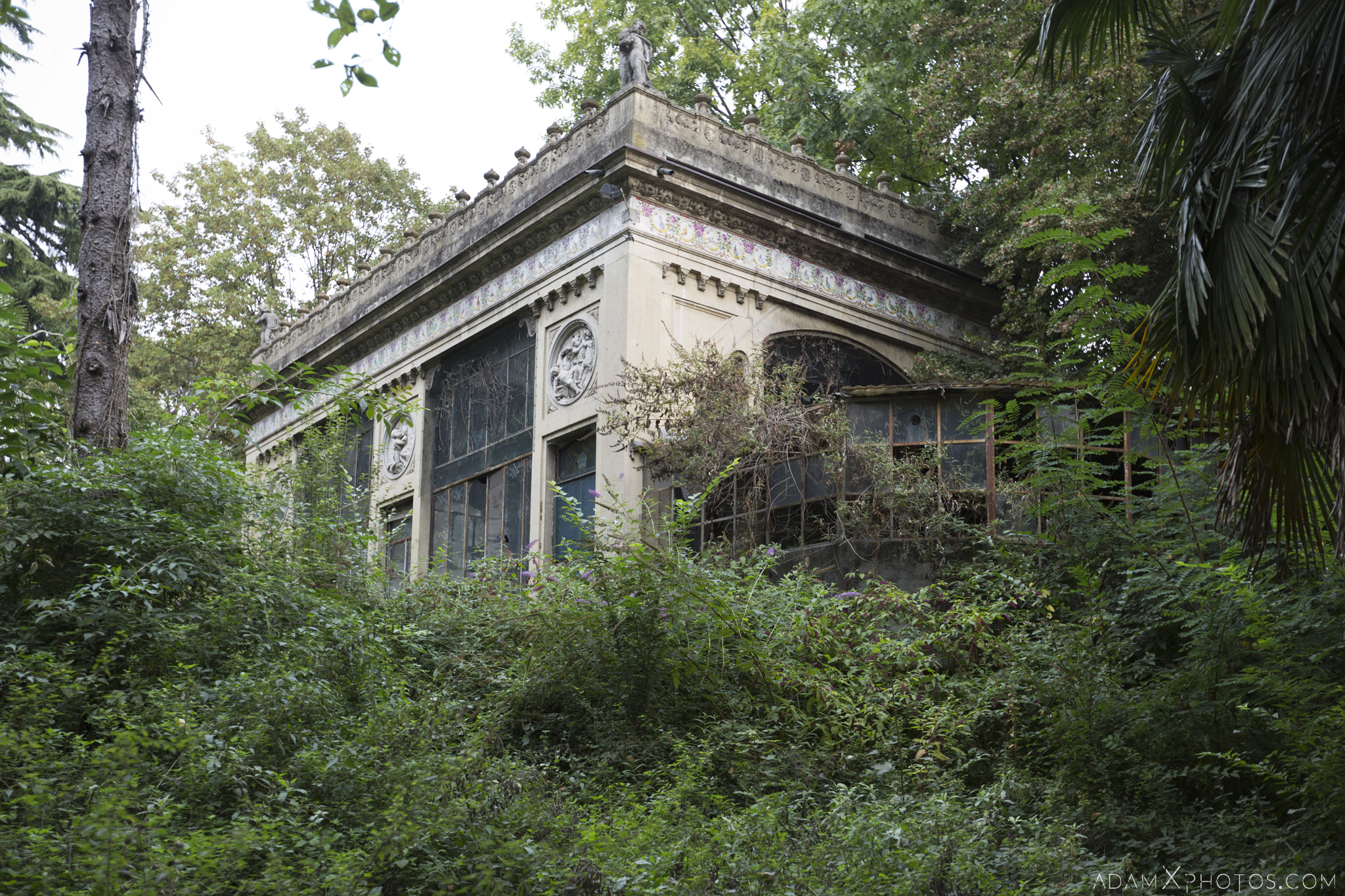 External Exterior Outside Greenhouse Orangery Garden summer House ornate windows rockery Villa Pesenti P Urbex Adam X Urban Exploration Italy Italia Access 2016 Abandoned decay lost forgotten derelict location creepy haunting eerie