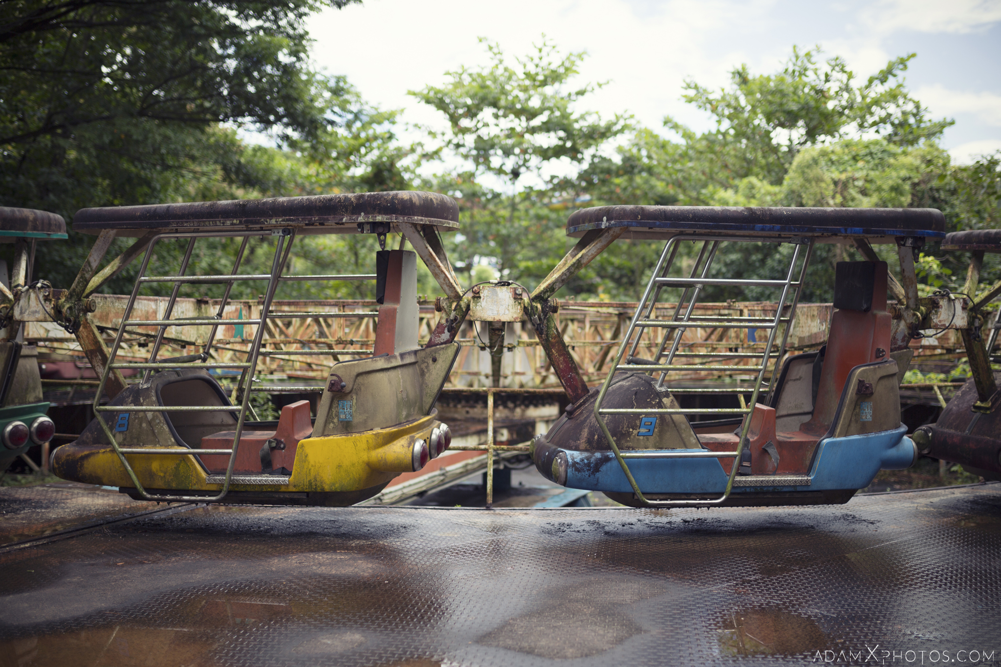 Ride carriages Happy World Theme Park Amusement Park Fairground Myanmar Burma Yangon Rangoon Urbex Adam X Urban Exploration Access 2016 Abandoned decay lost forgotten derelict location creepy haunting eerie