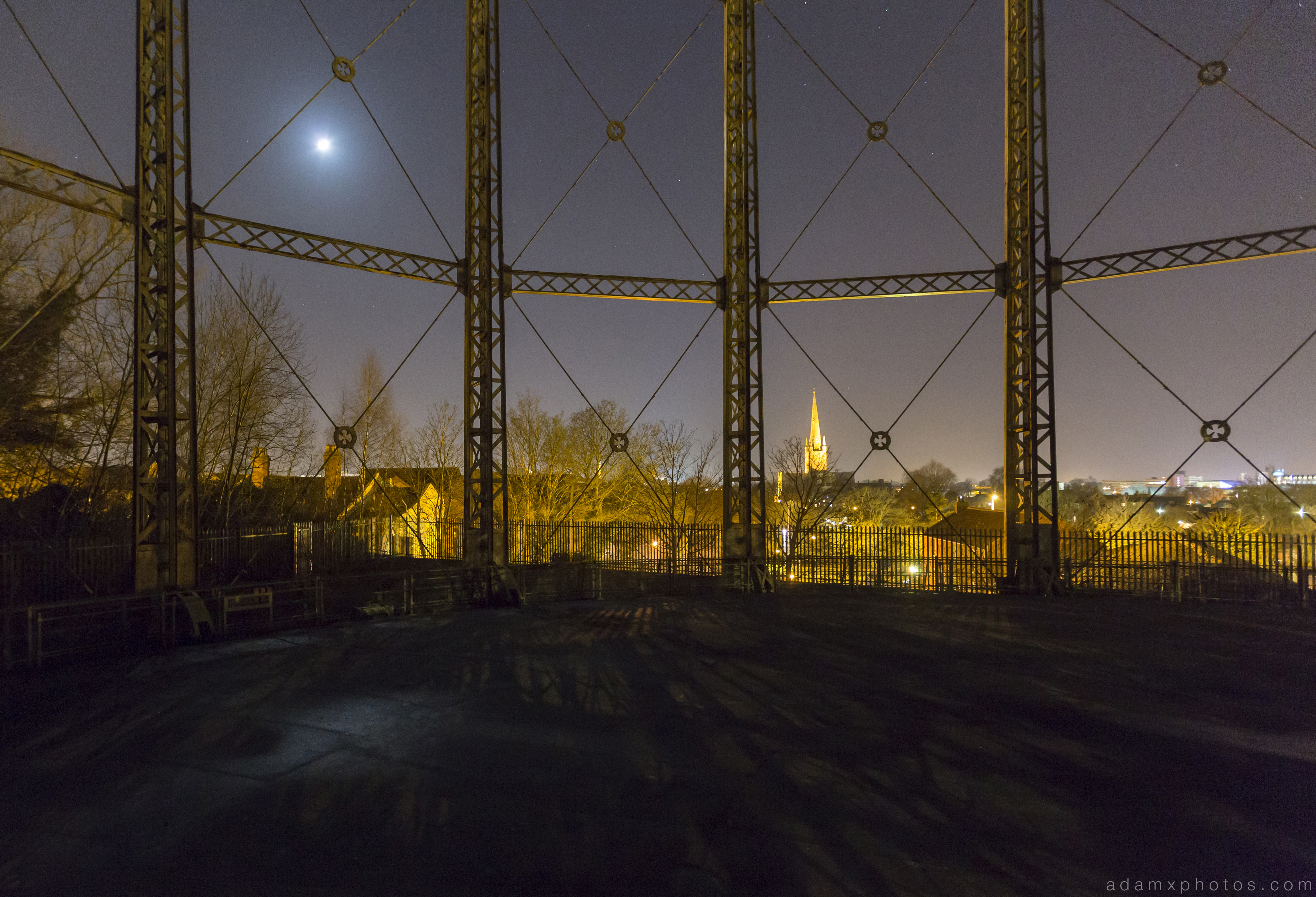 Norwich Gas Holder Night Nighttime Urbex Adam X Urban Exploration Access 2016 Abandoned decay lost forgotten derelict location creepy haunting eerie