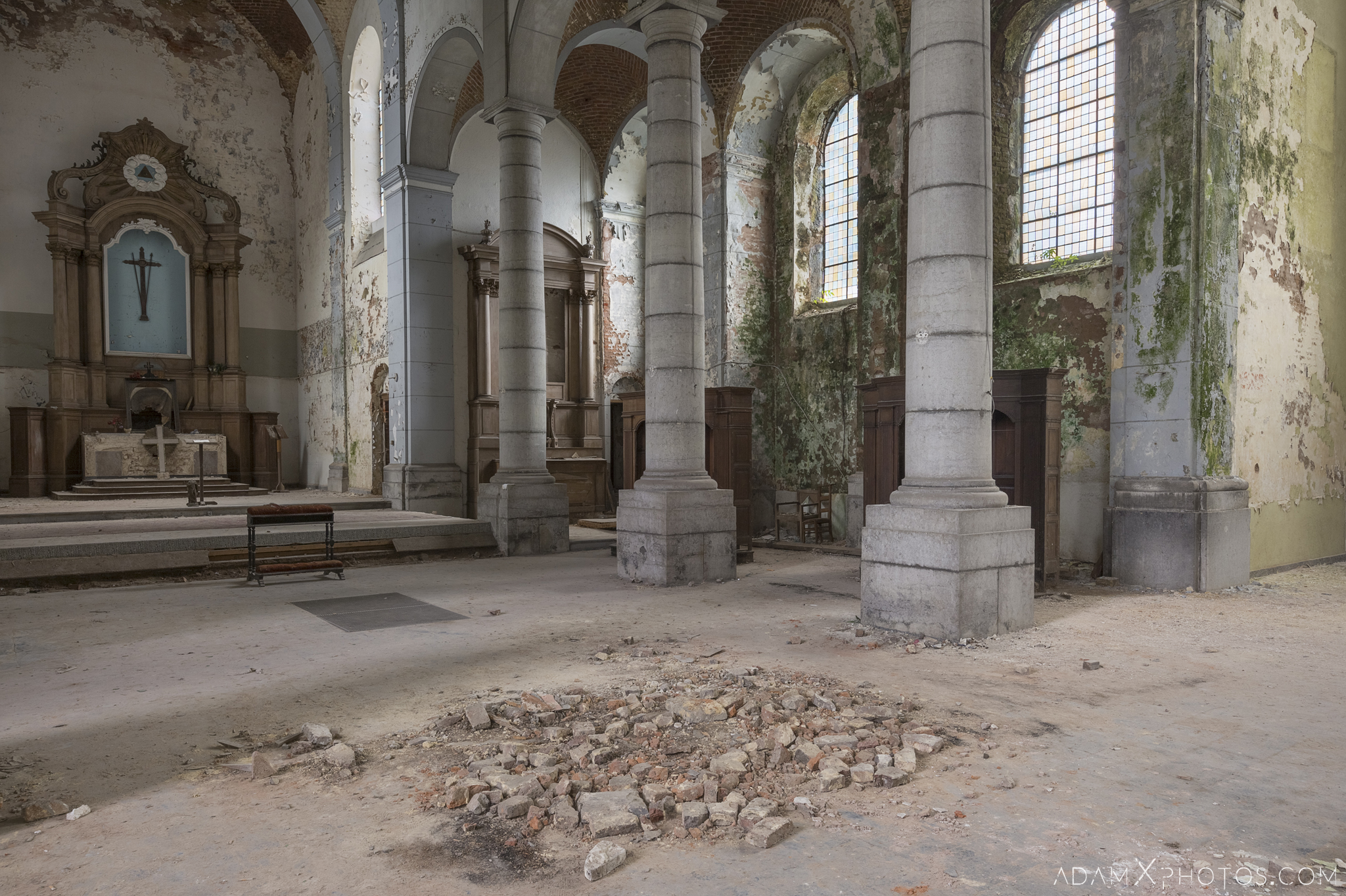 L'église Saint-Pierre Church of Decay Grâce-Hollogne Liege Adam X Urban Exploration Belgium Access 2017 Abandoned decay lost forgotten derelict location creepy haunting eerie