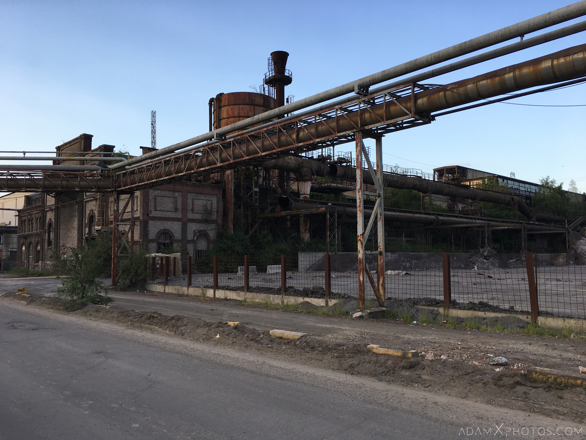 Exterior external outside Desk panels Control Room S Dusty Rusty Steelworks Adam X Urban Exploration Belgium Access 2017 Abandoned decay lost forgotten derelict location creepy haunting eerie