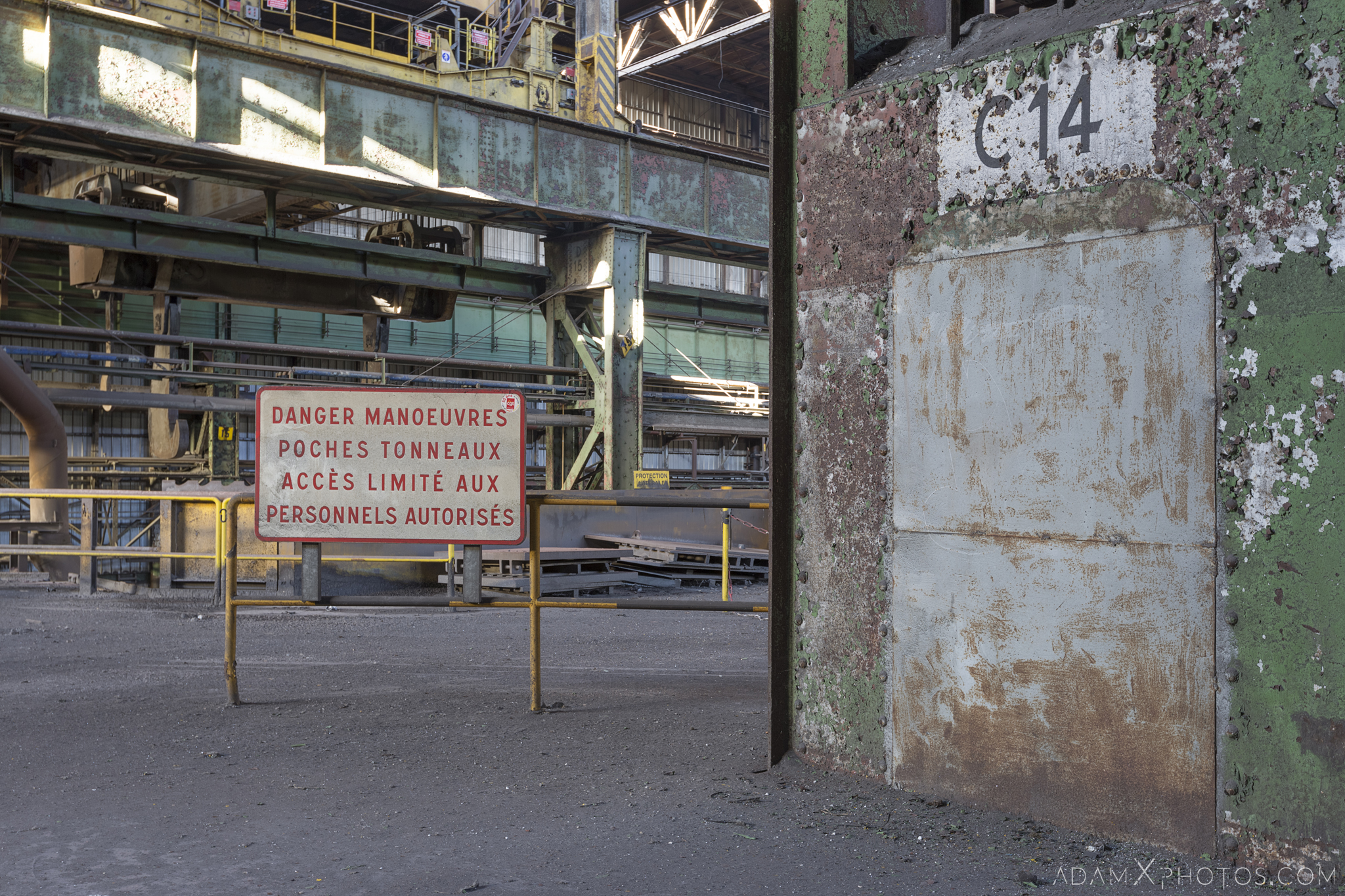 steel works warning danger sign HFX Florange Hayange ArcelorMittal blast furnaces steel works plant Industrial Industry Adam X Urbex Urban Exploration France Access 2017 Abandoned decay lost forgotten derelict location creepy haunting eerie