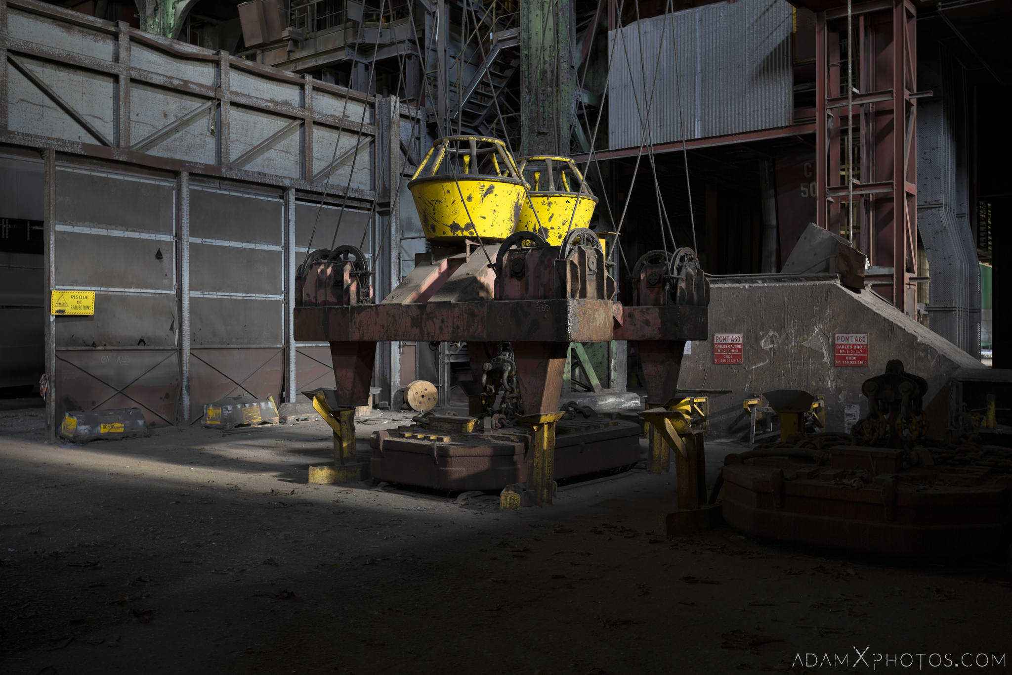 electromagnetic crane lifter winch HFX Florange Hayange ArcelorMittal blast furnaces steel works plant Industrial Industry Adam X Urbex Urban Exploration France Access 2017 Abandoned decay lost forgotten derelict location creepy haunting eerie