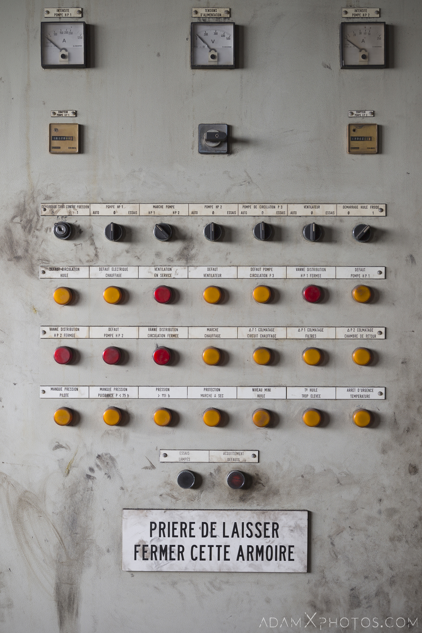 control panel bottom of blast furnace P3 HFX Florange Hayange ArcelorMittal blast furnaces steel works plant Industrial Industry Adam X Urbex Urban Exploration France Access 2017 Abandoned decay lost forgotten derelict location creepy haunting eerie