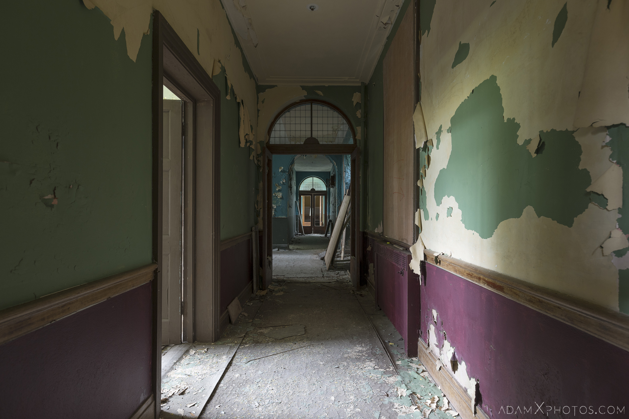 purple green corridor De Salle College School Colaiste Iosagain Ballyvourney County Cork Adam X Urbex Urban Exploration Ireland Access 2017 Abandoned decay lost forgotten derelict location creepy haunting eerie