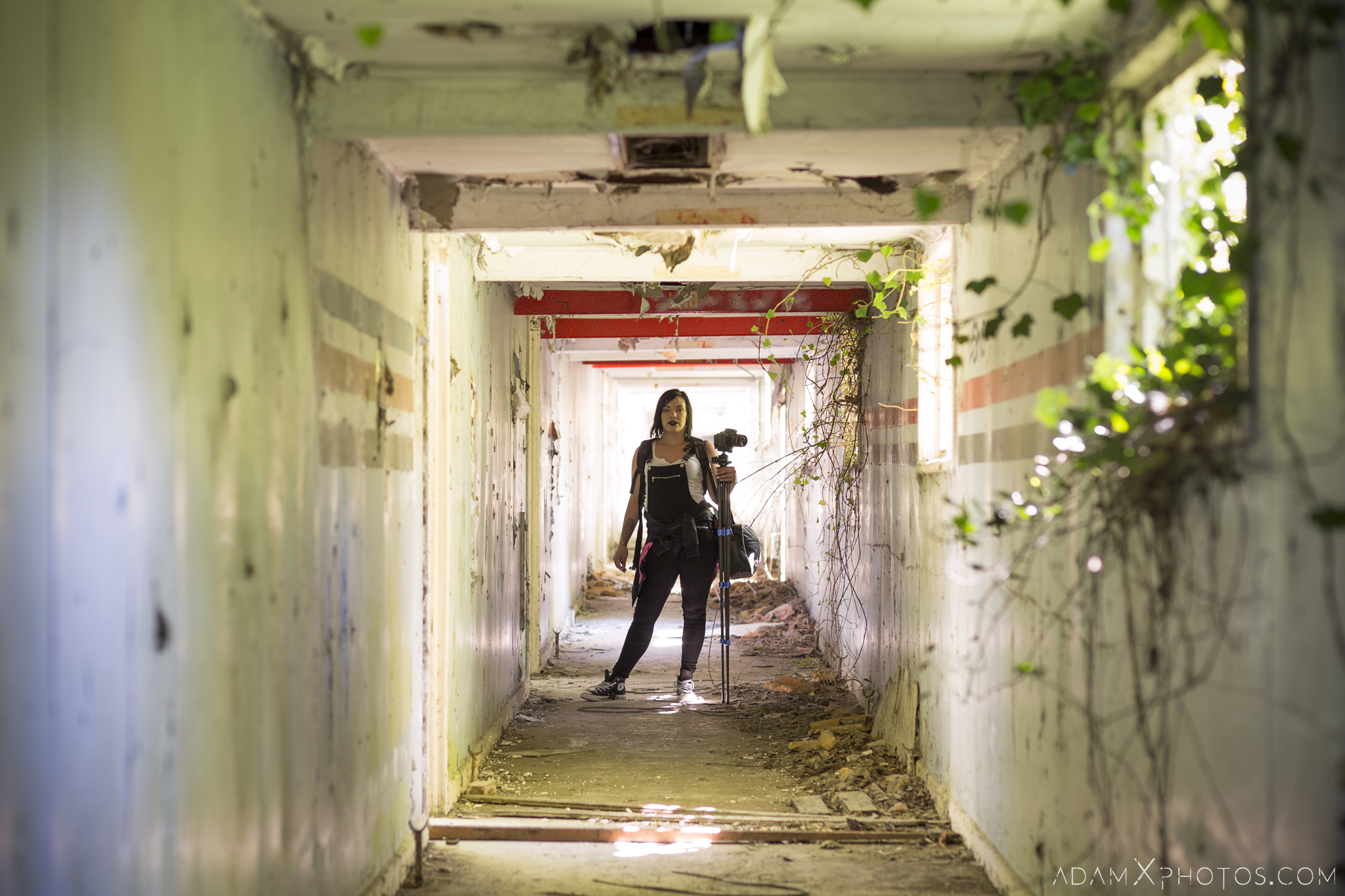 Jade Brimfield Explorer Corridor Nocton Hall RAF Hospital Lincolnshire Adam X Urbex Urban Exploration Access 2018 Abandoned decay lost forgotten derelict location creepy haunting eerie