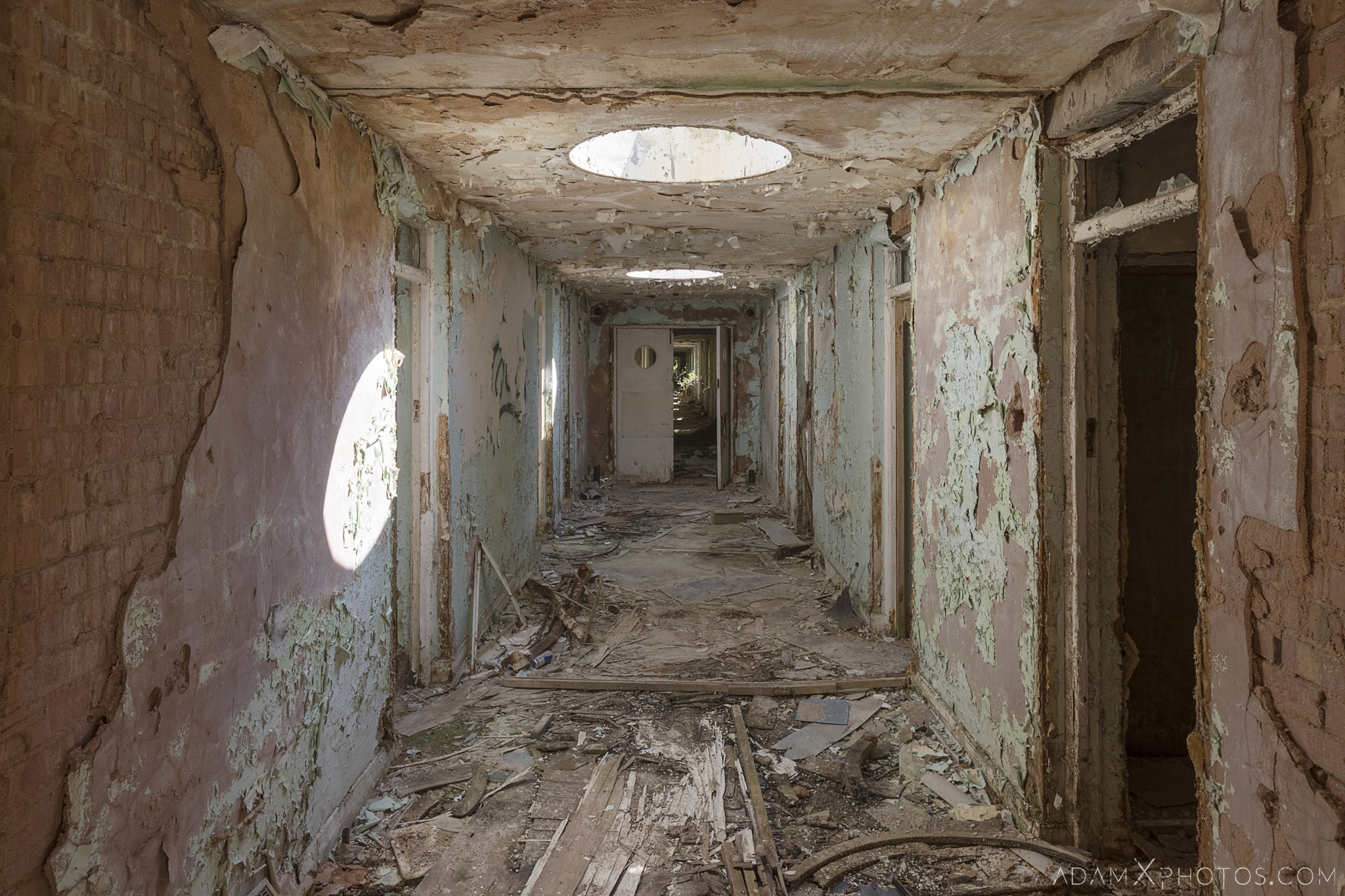 hallway corridor skylight peeling paint Nocton Hall RAF Hospital Lincolnshire Adam X Urbex Urban Exploration Access 2018 Abandoned decay lost forgotten derelict location creepy haunting eerie
