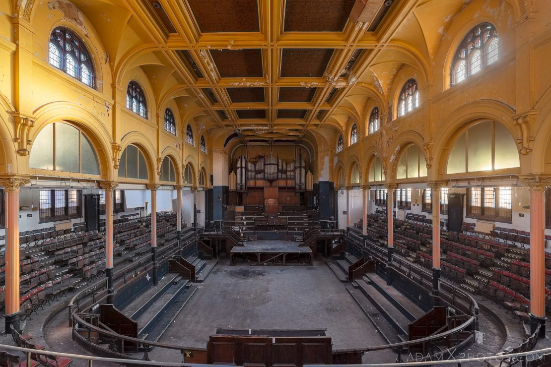 Main Hall Organ seats stage windows arches Birmingham Methodist Central Hall Q Club Adam X Urbex Urban Exploration Access 2018 Abandoned decay lost forgotten derelict location creepy haunting eerie