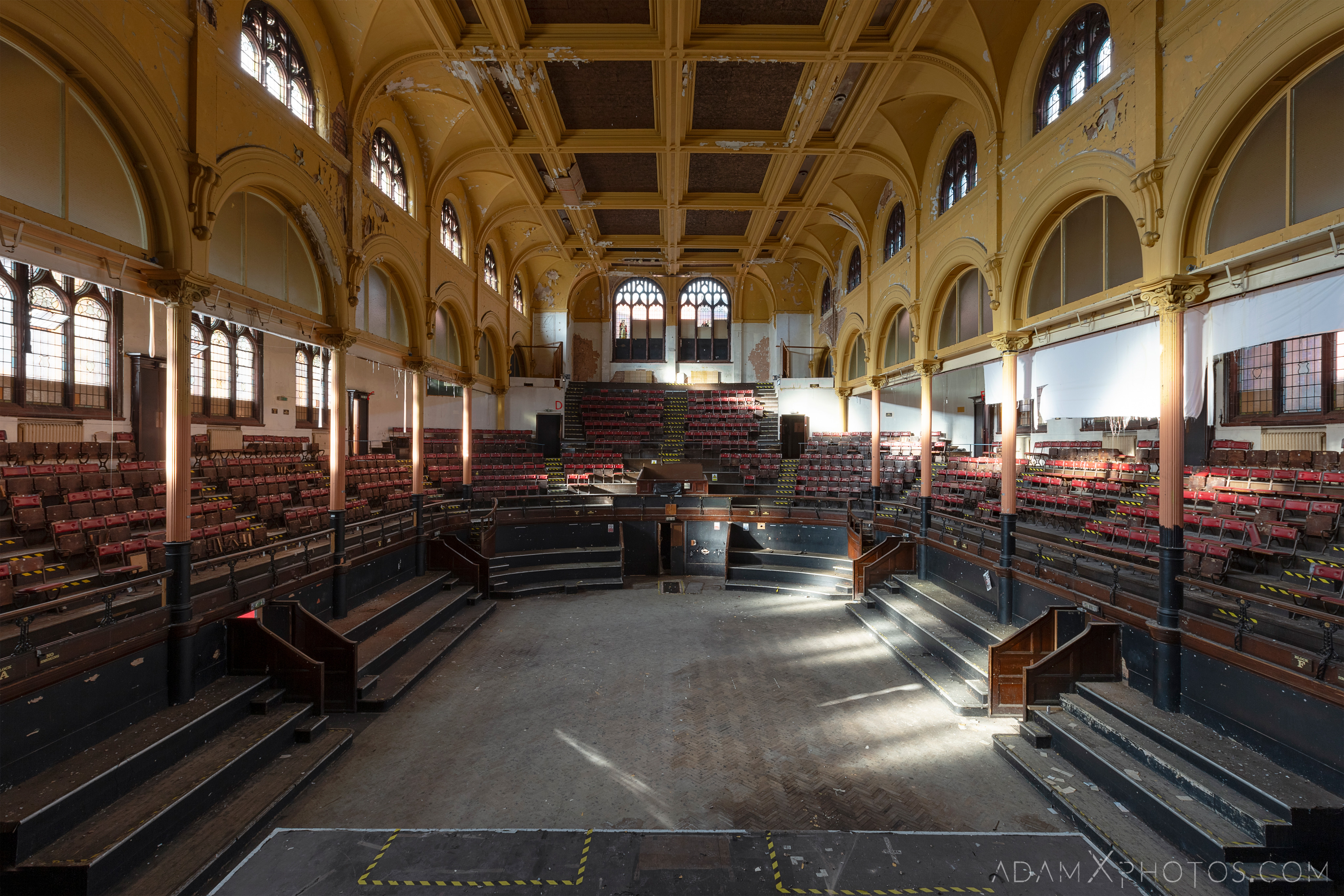 Main Hall from the stage organ Birmingham Methodist Central Hall Q Club Adam X Urbex Urban Exploration Access 2018 Abandoned decay lost forgotten derelict location creepy haunting eerie