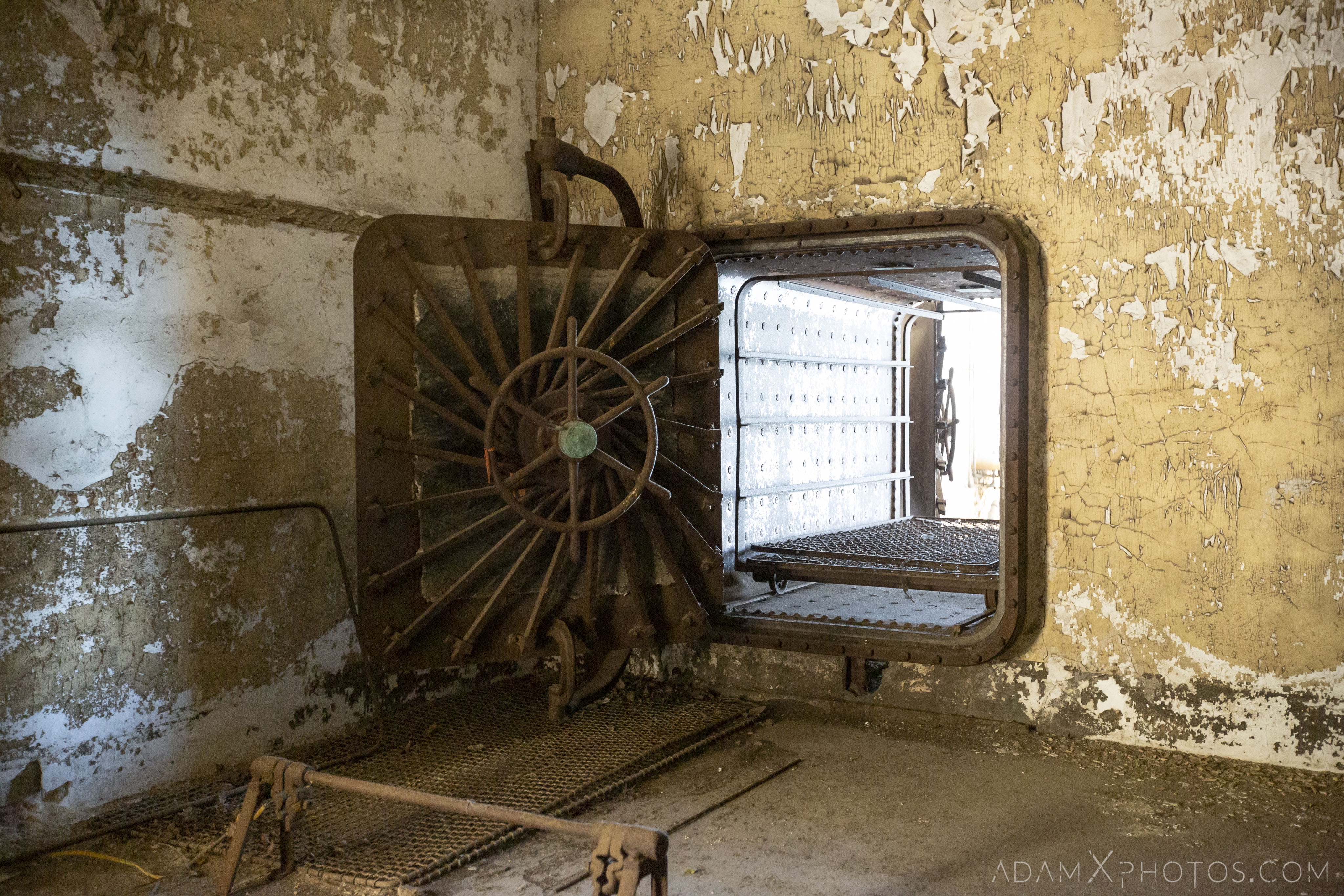 Autoclave for mattresses Ellis Island Immigrant Hospital New York USPHS Hospital #43 Adam X Adamxphotos Urbex Urban Exploration Access 2017 Abandoned decay ruins lost forgotten derelict location creepy haunting eerie