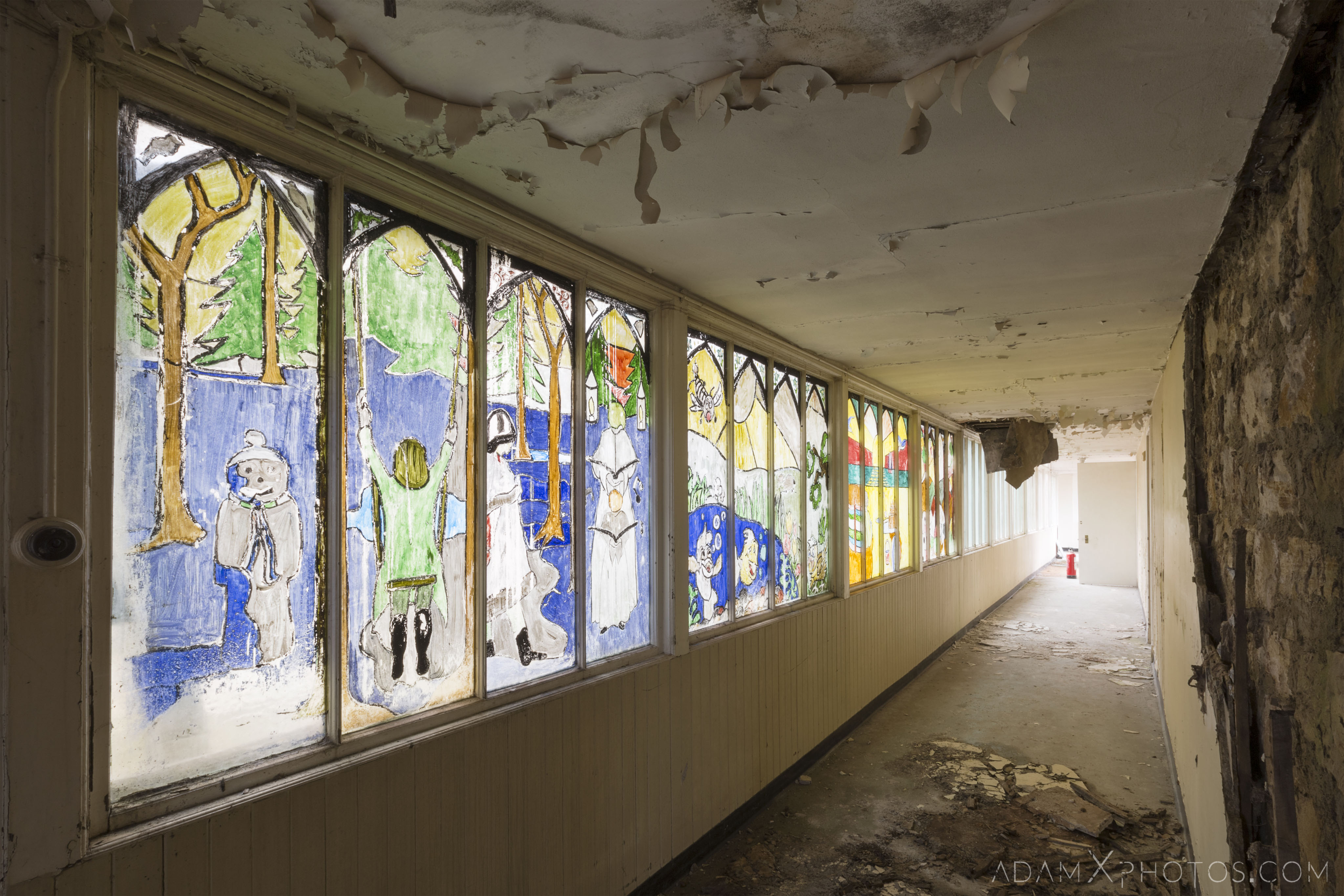 corridor children's ward colourful windows stained glass home made Stratheden Hospital Fife Scotland Adam X Urbex Urban Exploration Access 2018 Abandoned decay ruins lost forgotten derelict location creepy haunting eerie