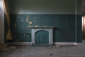 Green peeling paint fireplace Sunnyside Royal Hospital Montrose Scotland Adam X Urbex Urban Exploration Access 2018 Abandoned decay ruins lost forgotten derelict location creepy haunting eerie