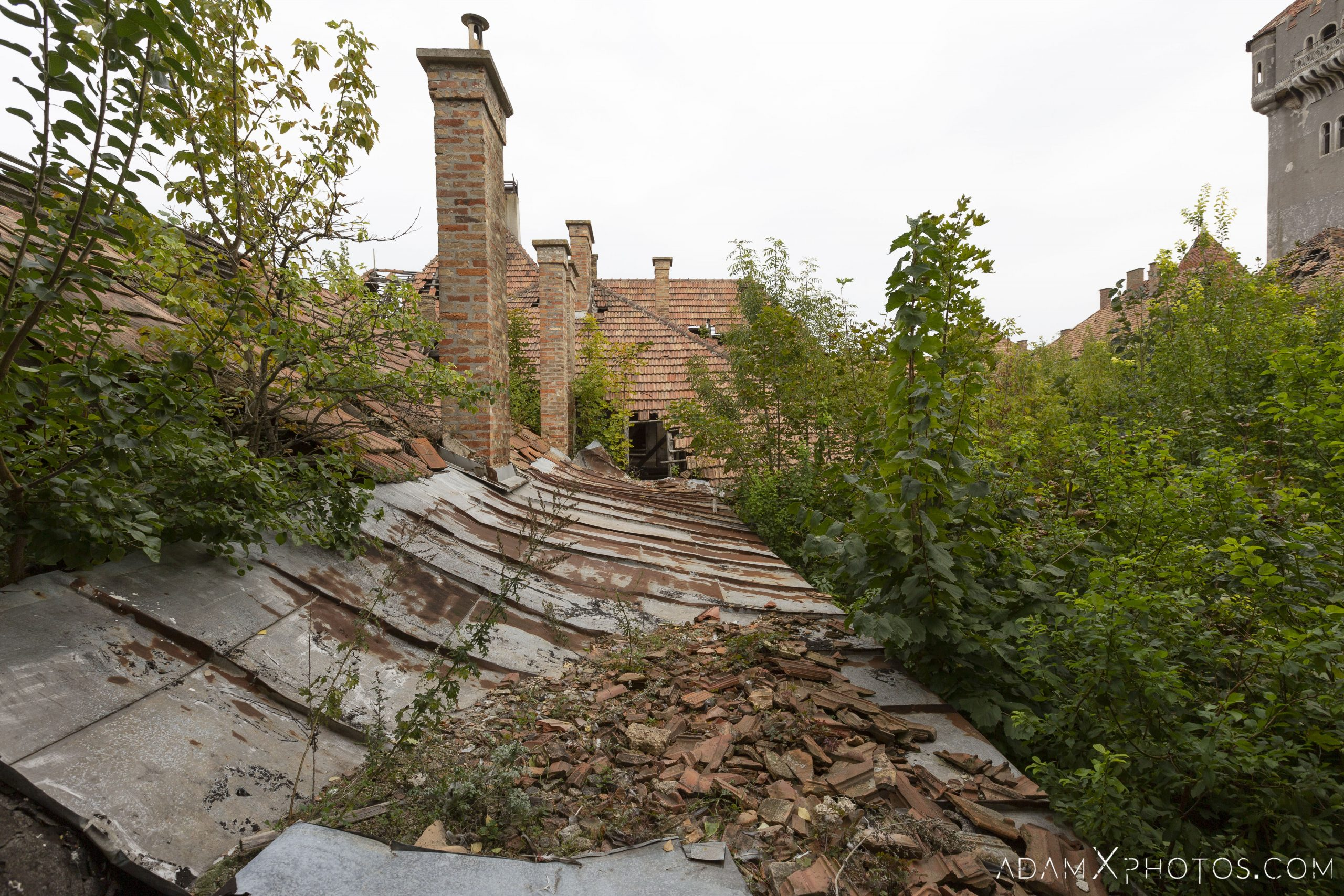 Roof rooftop dangerous Hajmaskér Barracks Hungary Adam X Urbex Urban Exploration Access 2018 Abandoned decay ruins lost forgotten derelict location creepy haunting eerie