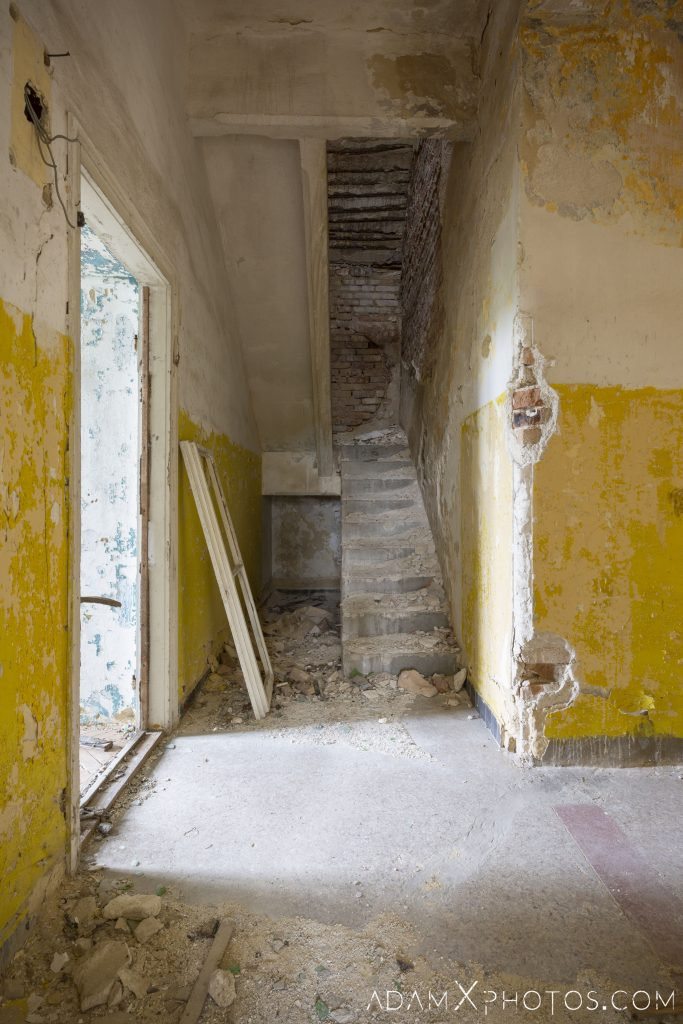 Stairs staircase yellow white Hajmaskér Barracks Hungary Adam X Urbex Urban Exploration Access 2018 Abandoned decay ruins lost forgotten derelict location creepy haunting eerie