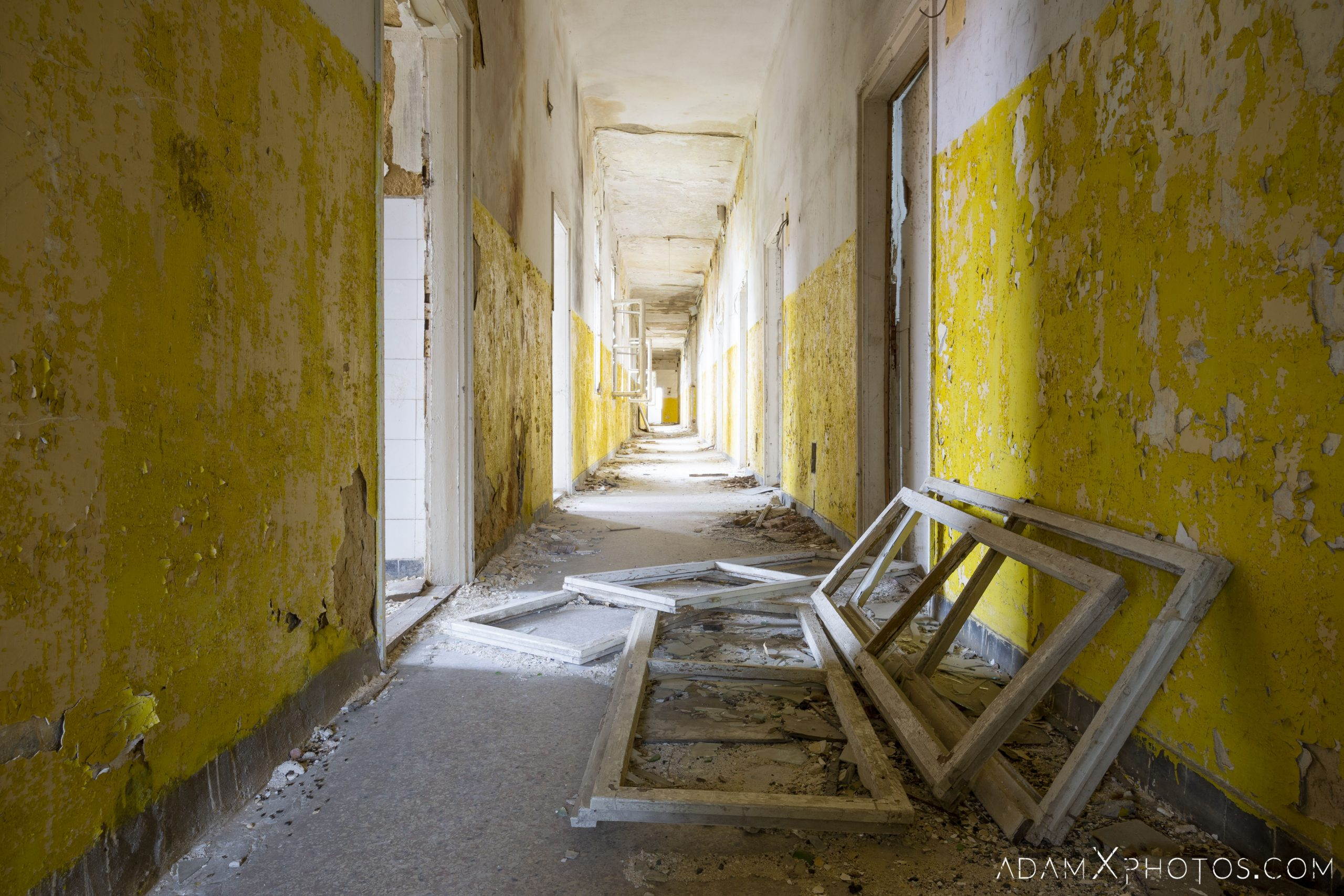 Corridor yellow white Hajmaskér Barracks Hungary Adam X Urbex Urban Exploration Access 2018 Abandoned decay ruins lost forgotten derelict location creepy haunting eerie