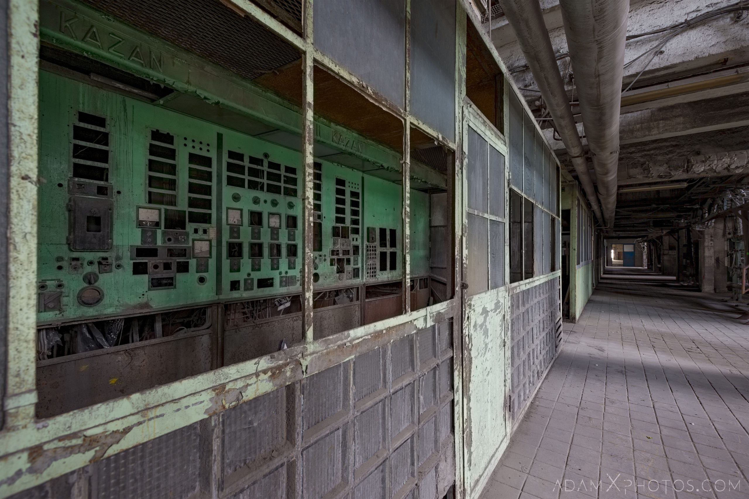 Green control panels industry industrial rusty rusting Bladerunner Blade Runner 2049 Powerplant Inota Shephard's Power Plant Hungary Adam X Urbex Urban Exploration Access 2018 Abandoned decay ruins lost forgotten derelict location creepy haunting eerie security