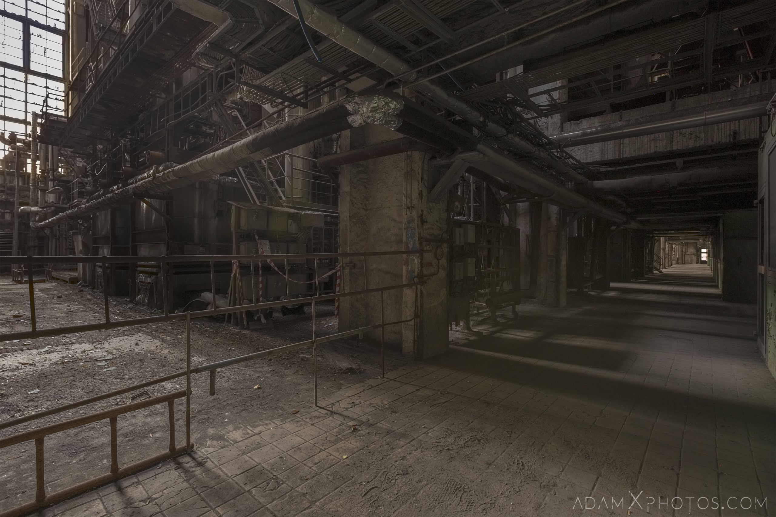pipes industry industrial rusty rusting Bladerunner Blade Runner 2049 Powerplant Inota Shephard's Power Plant Hungary Adam X Urbex Urban Exploration Access 2018 Abandoned decay ruins lost forgotten derelict location creepy haunting eerie security