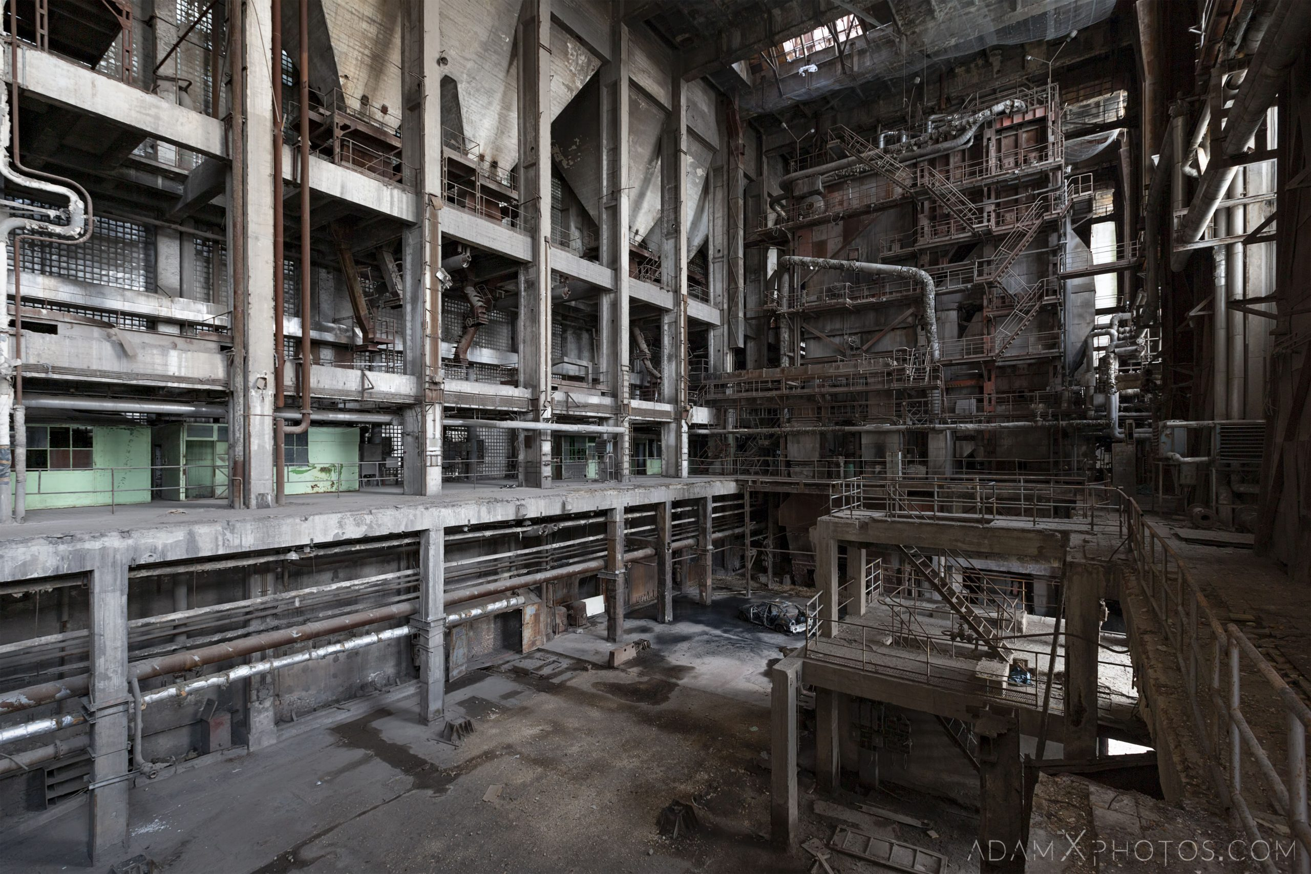 gantries pipes industry industrial rusty rusting Bladerunner Blade Runner 2049 Powerplant Inota Shephard's Power Plant Hungary Adam X Urbex Urban Exploration Access 2018 Abandoned decay ruins lost forgotten derelict location creepy haunting eerie security