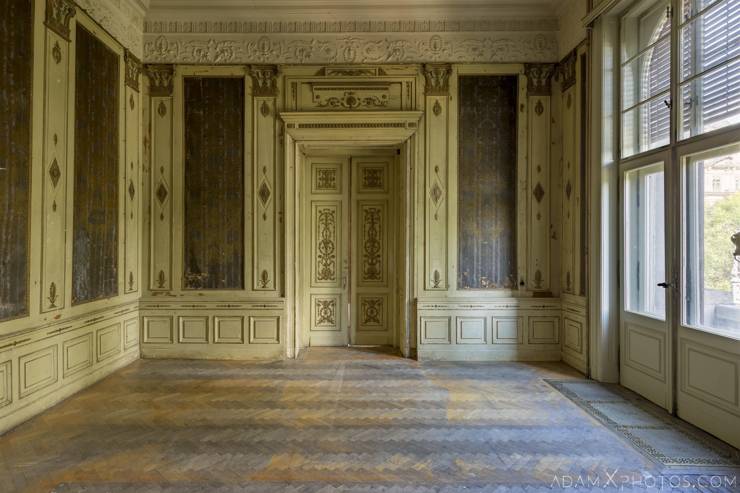 Ornate room painted parquet flooring Adria Palace Budapest Hungary Adam X Urbex Urban Exploration Access 2018 Blade Runner 2049 Abandoned decay ruins lost forgotten derelict location creepy haunting eerie security ornate grand neo baroque