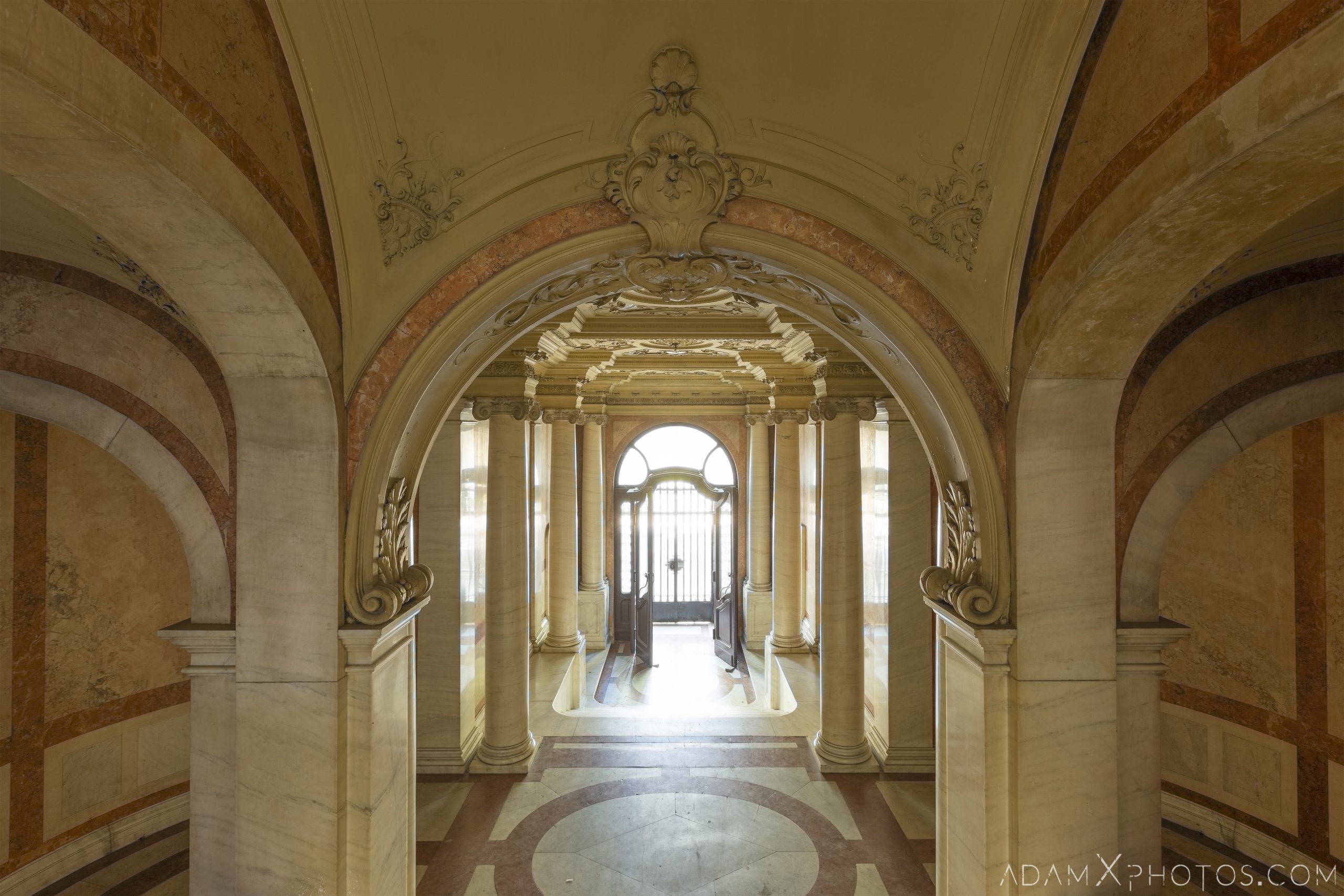 Entrance lobby foyer reception hall front door marble arches Adria Palace Budapest Hungary Adam X Urbex Urban Exploration Access 2018 Blade Runner 2049 Abandoned decay ruins lost forgotten derelict location creepy haunting eerie security ornate grand neo baroque