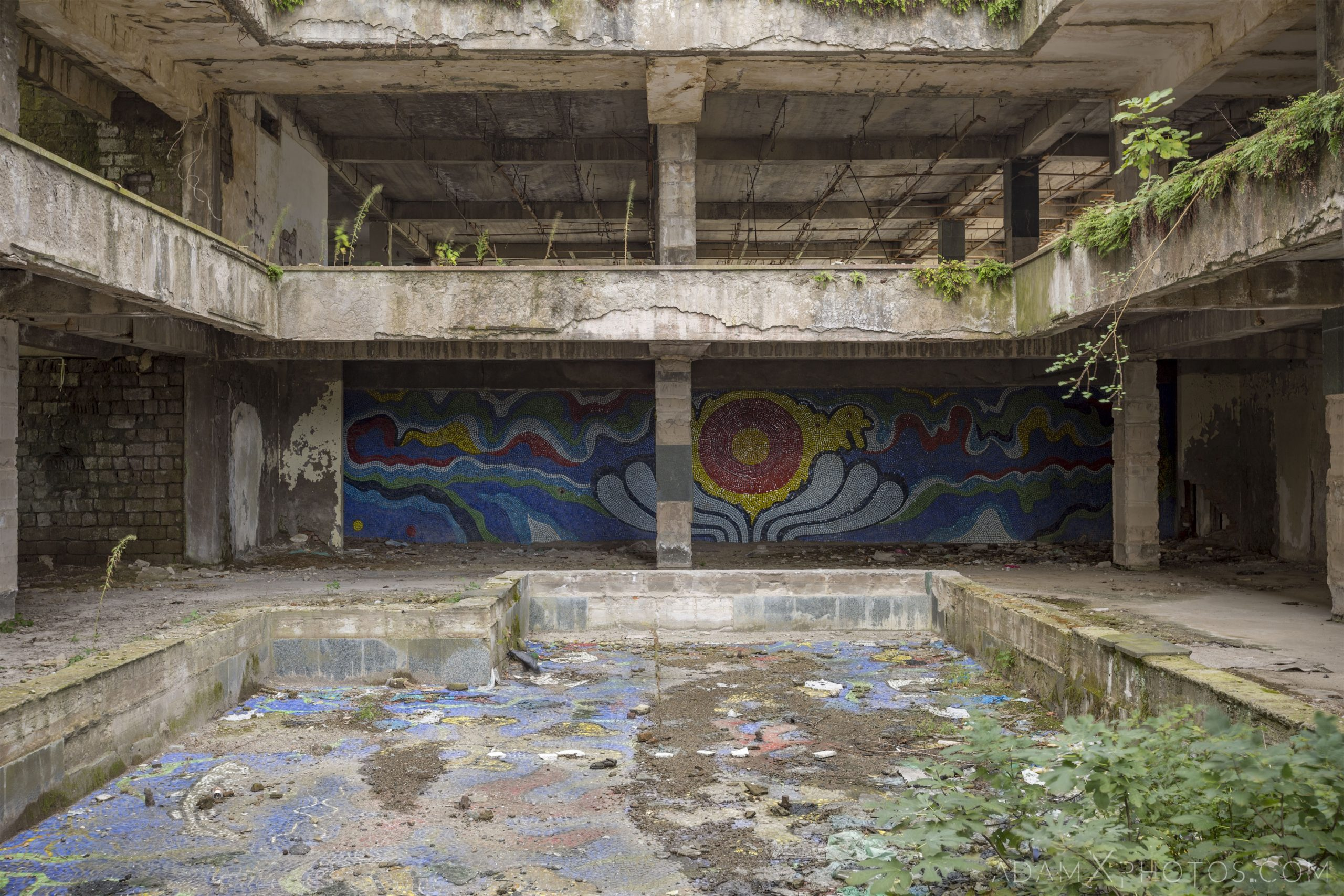 mural soviet pool mosaic overgrown concrete Hotel Sakartvelo Tskaltubo Georgia Adam X Urbex Urban Exploration 2018 Abandoned Access History decay ruins lost forgotten derelict location creepy haunting eerie security