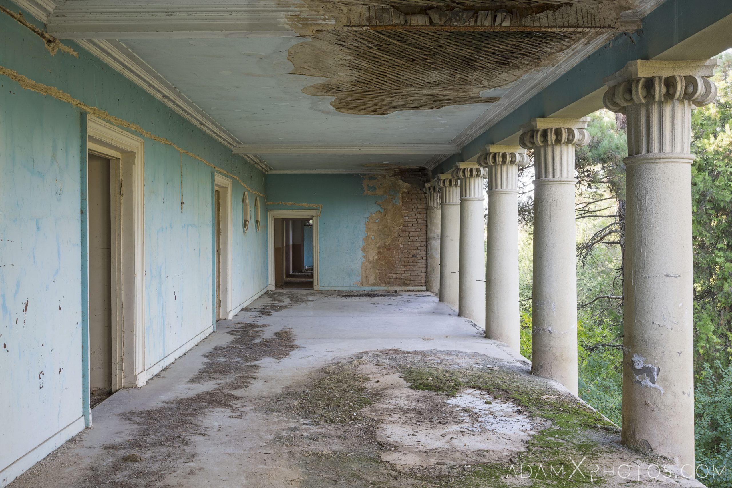 Exterior outside balcony colonnade House of Culture Palace Pink rural Soviet era Georgia Adam X AdamXPhotos Urbex Urban Exploration 2018 Abandoned Access History decay ruins lost forgotten derelict location creepy haunting eerie security